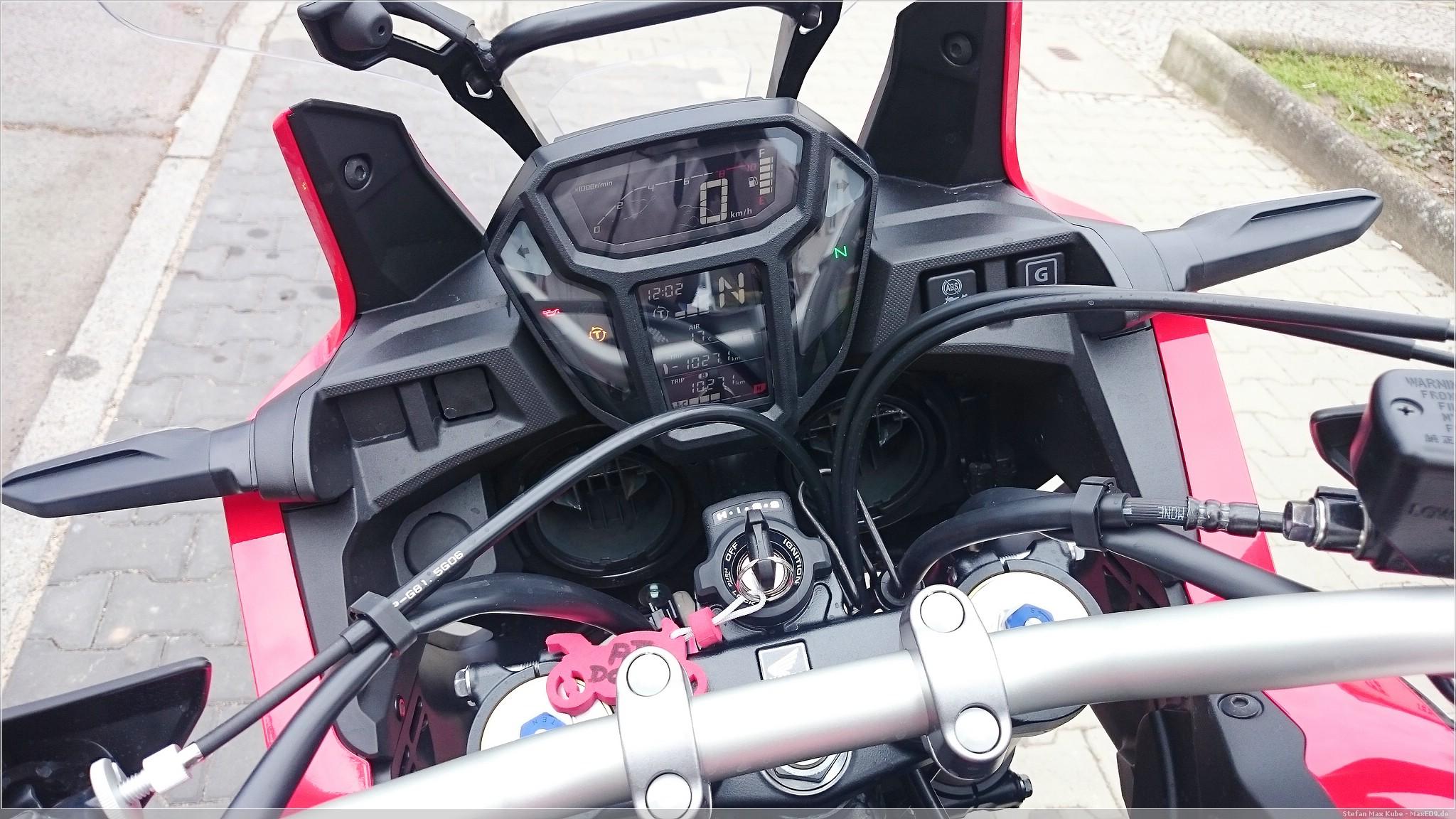 Honda Africa Twin DCT Cockpit