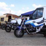 Suzuki und Honda im Fahrerlager