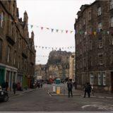 Cowgate Head, Blick auf Grassmarket und Edinburgh Castle