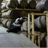 Lutz im Edradour Distillery Whiskylager