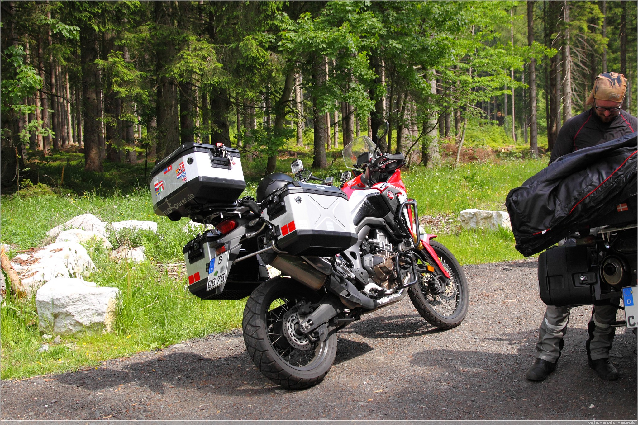 Africa Twin am Wurzenpass