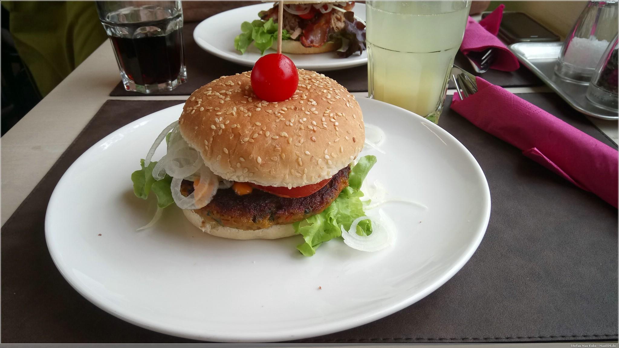 lecker veganer Burger im Goodies