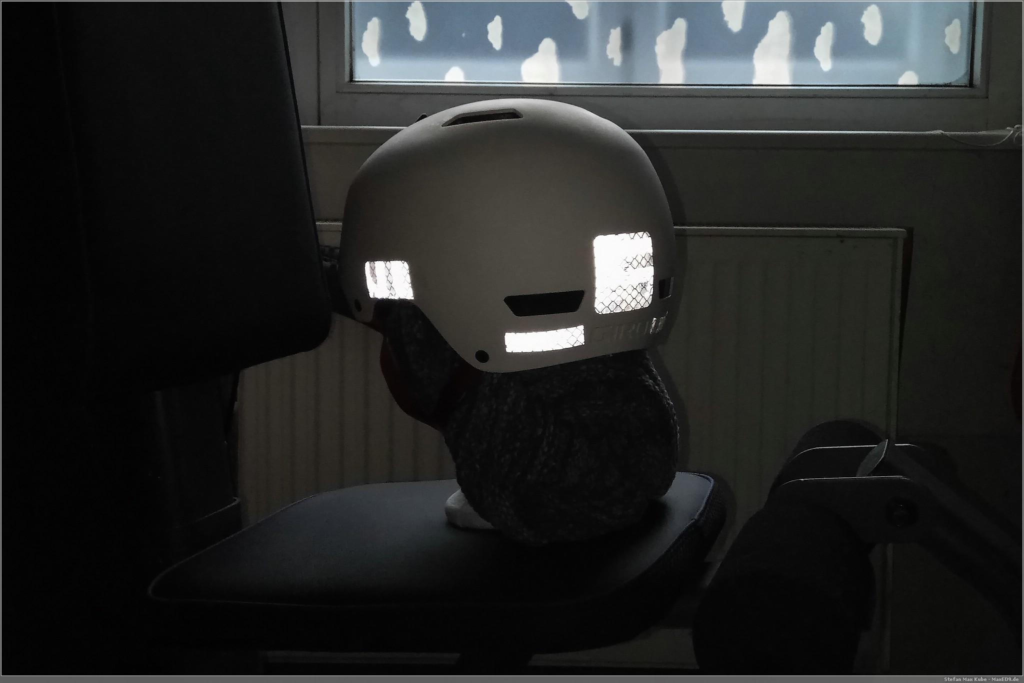 Reflexfolie am Helm