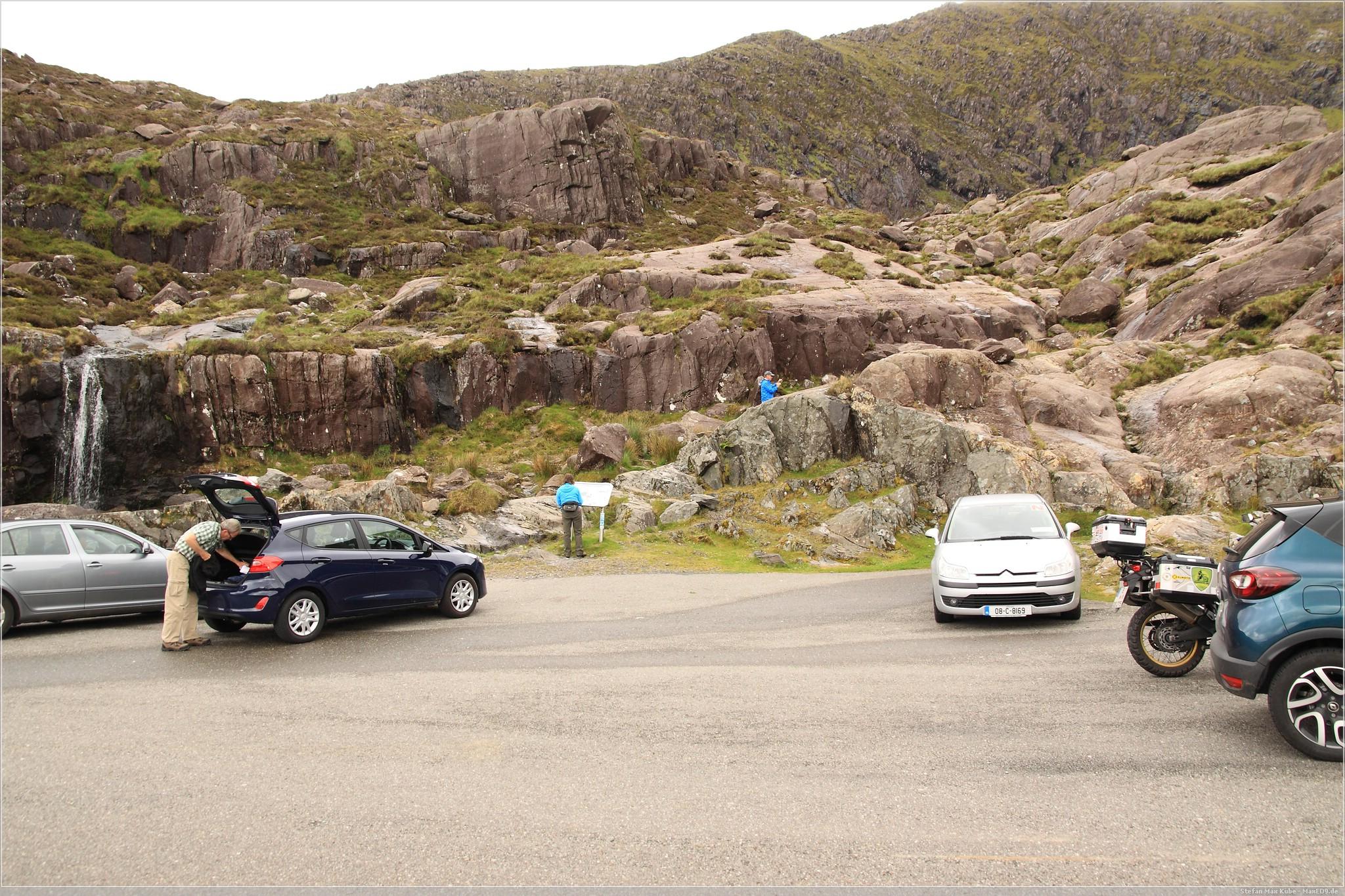 Parkplatz vor der Passhöhe des Conner Pass'