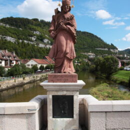 St. Jean auf der Brücke