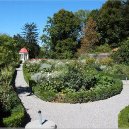 Rosengarten, Schloss Heidegg