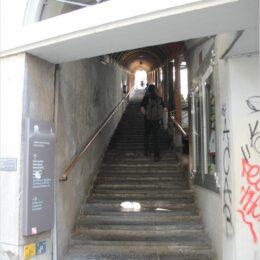 Treppe zur Schlosskirche und Schloss