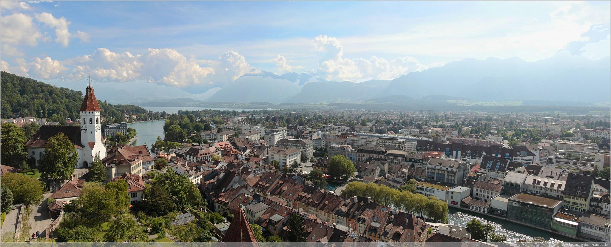 Blick über Thun aus einem Schlossturm